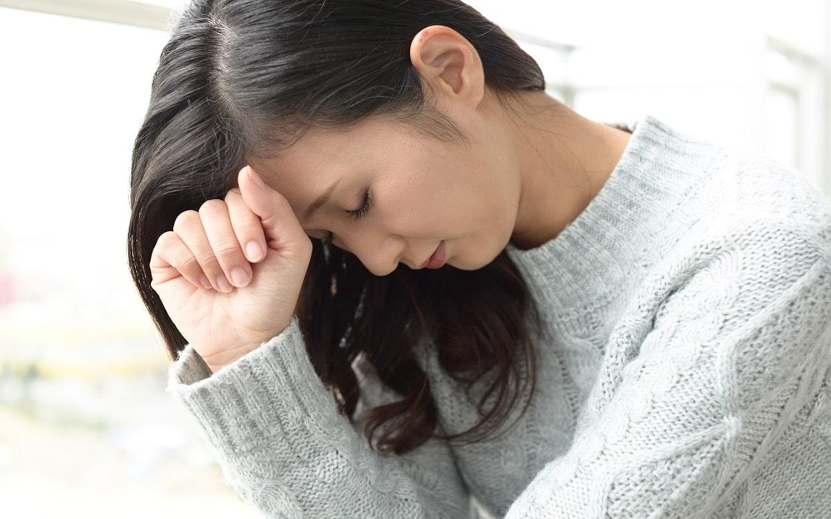 woman-worries